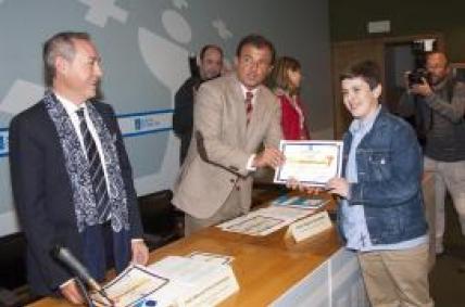 O conselleiro de Economía e Industria,presidiu a entrega de premios do certame escolar de consumo responsable Consumópolis